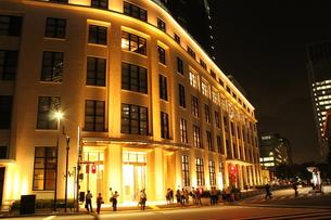 東京駅横の郵便局の写真素材 [FYI00287615]