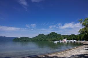 十和田湖畔の写真素材 [FYI00287680]