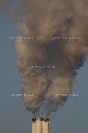 煙突の煙の素材 [FYI00288911]