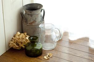 アンティークの花瓶の写真素材 [FYI00289504]