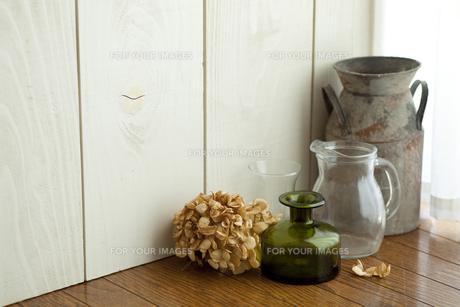 アンティークの花瓶の写真素材 [FYI00289505]