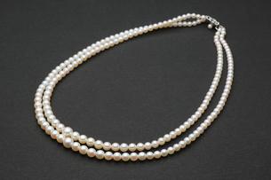 真珠の首飾りの写真素材 [FYI00290780]