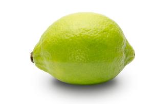 グリーンレモンの写真素材 [FYI00290973]