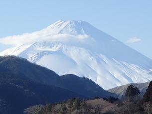 富士、雲間富士、霊峰の写真素材 [FYI00297369]