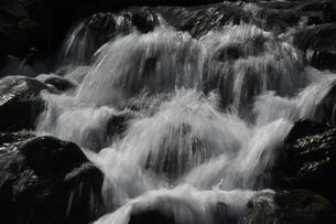 雪解け水の写真素材 [FYI00297528]