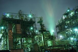 工場夜景の写真素材 [FYI00298445]
