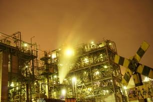 工場夜景の写真素材 [FYI00298450]
