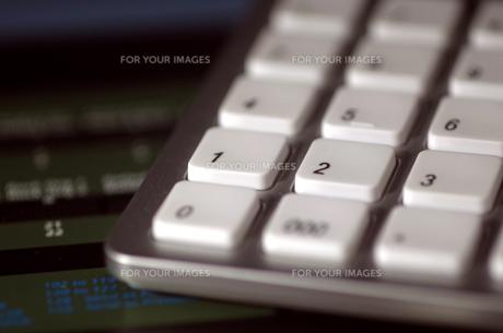 パソコンのテンキーキーボードの写真素材 [FYI00299306]