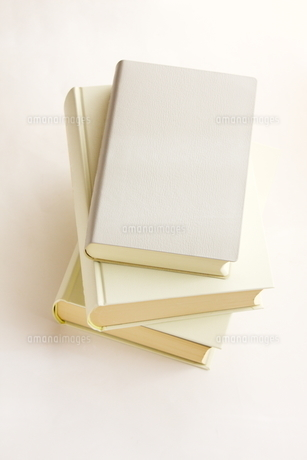 積み重ねた本の写真素材 [FYI00300185]