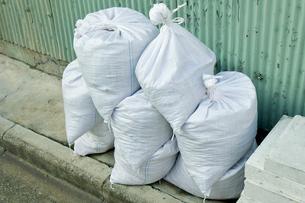 防災砂袋の写真素材 [FYI00301966]