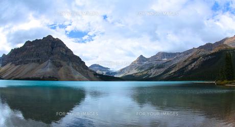 HugeLake/Canadaの写真素材 [FYI00302459]