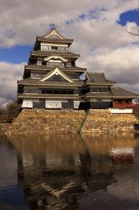 松本城の写真素材 [FYI00302814]