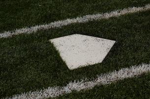 野球のホームベースの素材 [FYI00302915]