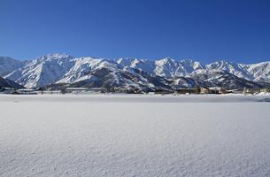 冬の白馬村の写真素材 [FYI00303310]
