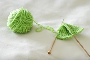 緑色の毛糸の写真素材 [FYI00303746]