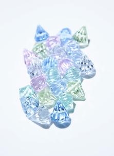 カラフルなプラスチックの小物の写真素材 [FYI00303932]