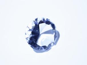 ブリリアンカットの大きなガラスの写真素材 [FYI00303938]