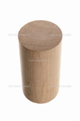 木製の円柱の写真素材 [FYI00304017]