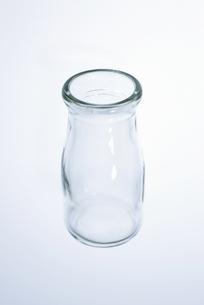 透明の瓶の写真素材 [FYI00304038]