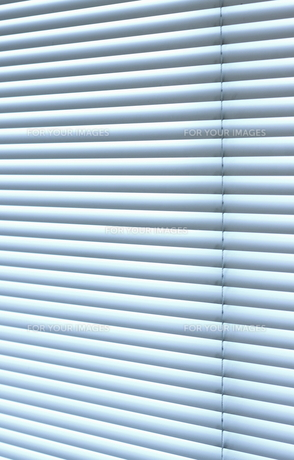 白いブラインドの素材 [FYI00304403]