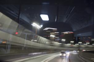 レインボーブリッジ走行の写真素材 [FYI00306487]