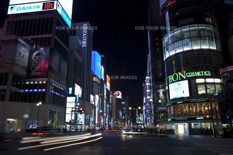 銀座四丁目夜景の写真素材 [FYI00306519]