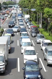 渋滞する幹線道路の写真素材 [FYI00307623]