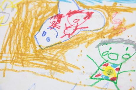 子供の描いた絵の写真素材 [FYI00307688]