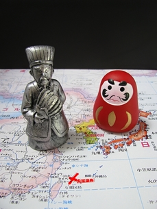 狡猾な中国と愚鈍な日本の写真素材 [FYI00307906]