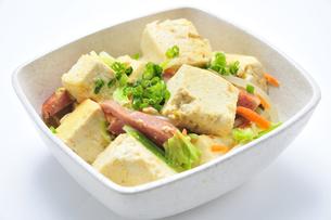 豆腐チャンプルーの写真素材 [FYI00309342]