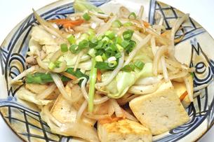 豆腐チャンプルーの写真素材 [FYI00309445]