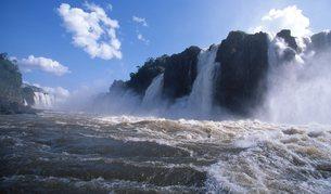 イグアスの滝の写真素材 [FYI00310119]