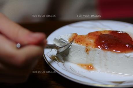 ヨーグルトケーキの写真素材 [FYI00310989]