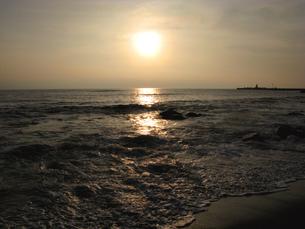 島の海の夕暮れの写真素材 [FYI00311459]