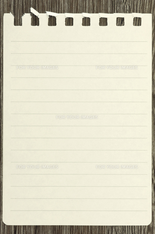 板に貼り付けたメモ用紙の素材 [FYI00311643]