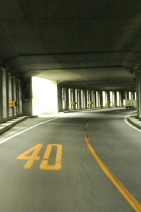 千国街道(糸魚川街道) 洞門 速度40キロの素材 [FYI00311667]