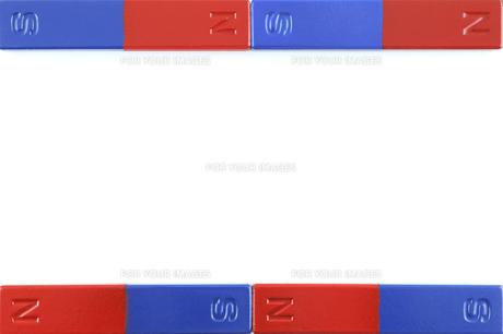 棒型磁石のフレームの写真素材 [FYI00311700]