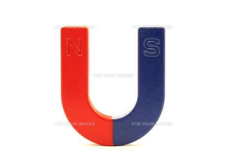 U型磁石の写真素材 [FYI00311708]