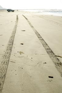 砂浜 ドライブの素材 [FYI00311845]