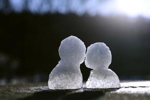 雪だるま 2つの写真素材 [FYI00311861]