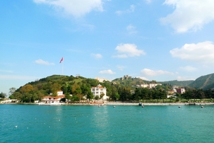 トルコのイスタンブールのボスポラス海峡アジア側のヨロス城塞の写真素材 [FYI00312408]