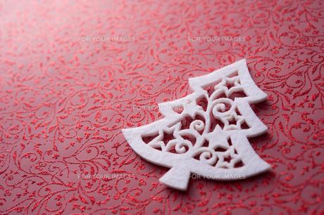 クリスマスツリー型のフェルトの写真素材 [FYI00312552]