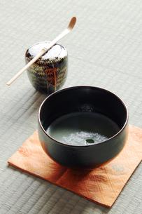 抹茶と茶道具の写真素材 [FYI00312751]