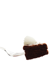 チョコレートケーキとフォークの写真素材 [FYI00312835]