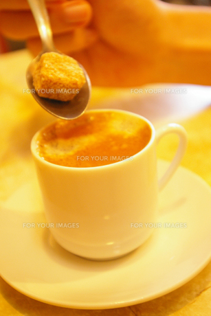 カフェオレに砂糖を1つの素材 [FYI00313012]