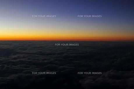 空からの夜の地平線の素材 [FYI00313183]