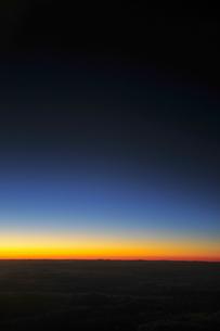 空からの夜の地平線の素材 [FYI00313192]