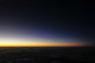 空からの夜の地平線の素材 [FYI00313194]