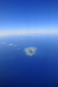 青い空青い海と離島の素材 [FYI00313195]