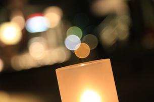 夜のオープンカフェの写真素材 [FYI00313274]